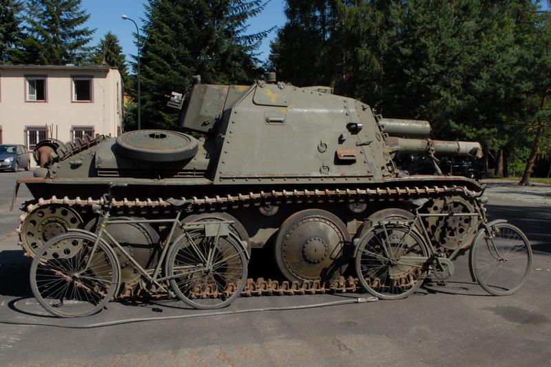 Samohybné dělo SAV m/43