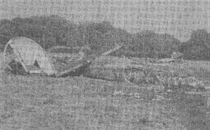 Vrak Liberatoru GR.Mk.VI ppor. J. Kudláčka po tragické katastrofě v Blackbushi 5. 10. 1945. Zahynula celá osádka i všichni cestující.