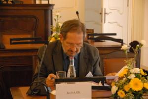 Přednášející: Jan Hájek