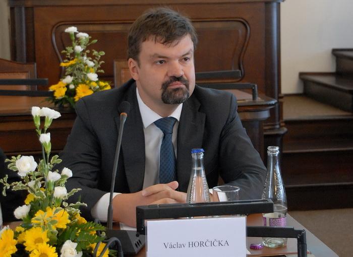 Přednášející: Václav Horčička