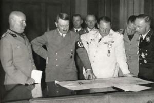 Benito Mussolini a Adolf Hitler na jednáních v Mnichově