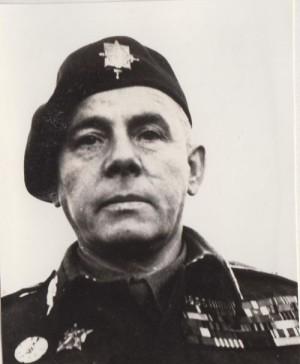Brigádní generál Karel Paleček jako velitel výsadkového vojska čs. armády.