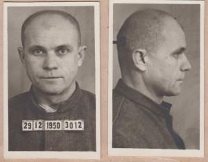 Jan Bartejs na vězeňském snímku z konce roku 1950.