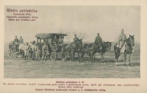 Vozy c. a k polní pošty. Úřední pohlednice Rakouského Červeného kříže, Válečného pomocného úřadu a Úřadu pro válečnou péči.