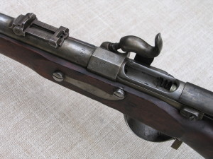 Zbraň s otevřeným závěrem před restaurováním. Foto Petr Moudrý