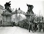 Akta ceněná i zneuctěná ‒ k osudům česko-slovenských vojenských písemností po 15. březnu 1939