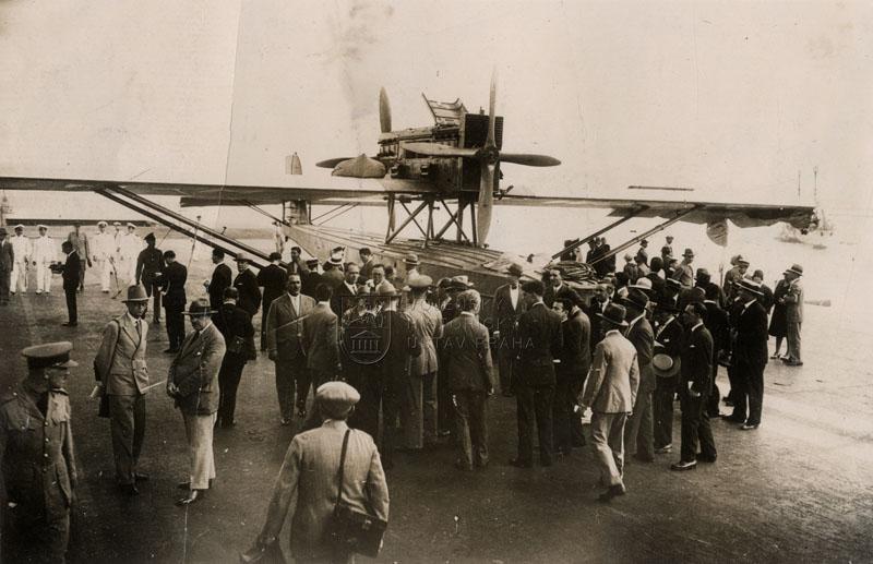 Příjezd španělských letců na Gibraltar 5. července 1929