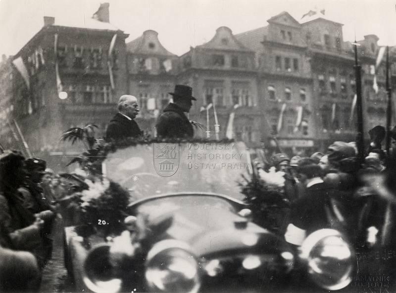 Masarykova cesta Prahou 21. prosince 1918