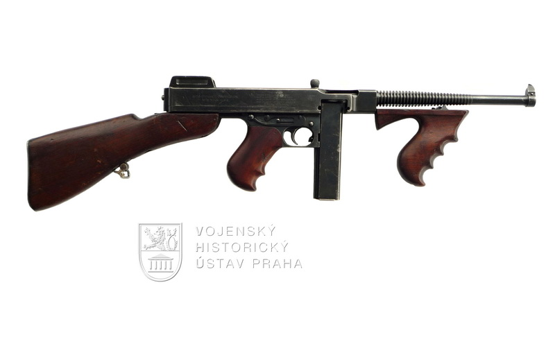 Americký samopal Thompson M1921