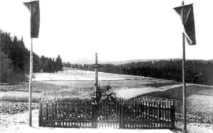 Původní úprava hromadného hrobu obětí vypálení Javoříčka