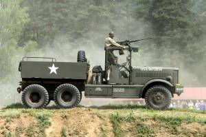 Americký tahač Diamond T 981
