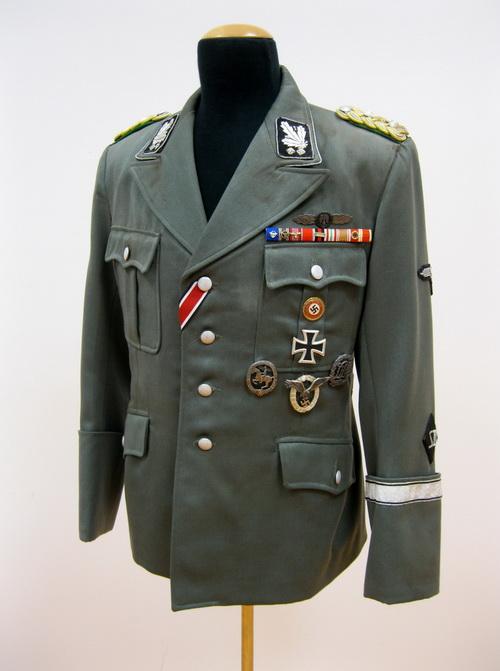 Replika blůzy Reinharda Heydricha