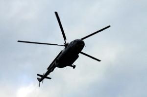 Seskoky padákem z vrtulníku Mi-17, příslušníci 24. Základny dopravního letectva Kbely