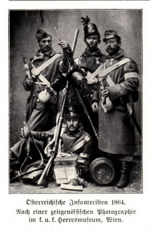 Rakouští vojáci na fotografii z roku 1864 – bílá rukávová páska se používala jako polní znamení spojeneckých prusko-rakouských vojsk
