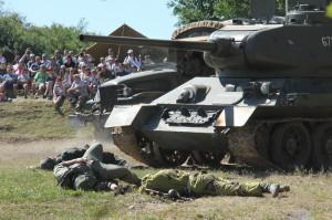 Bojová ukázka na Tankovém dni 2016