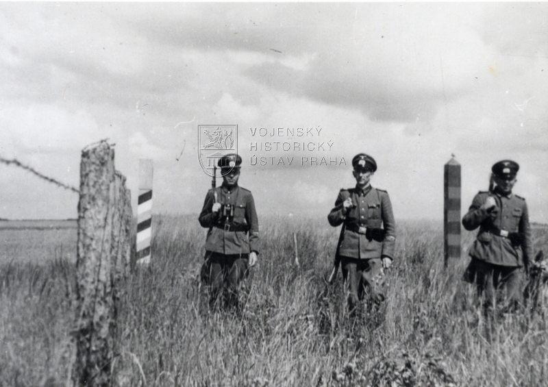 Němečtí vojáci na německo-sovětské hranici