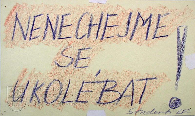 Letáky z období sametové revoluce 17. listopadu 1989