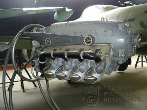 Letecký motor M-441