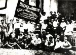 Komsomolci před odjezdem na frontu v občanské válce