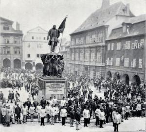 Slavnost u pomníku polního maršála Radeckého na dnešním Malostranském náměstí v Praze