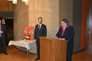 Uvítání zástupkyně velvyslance Evy Dvořákové. Foto Prokop Tomek