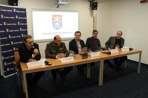 Prezentace knihy historika VHÚ Tomáše Jakla v Českém rozhlase