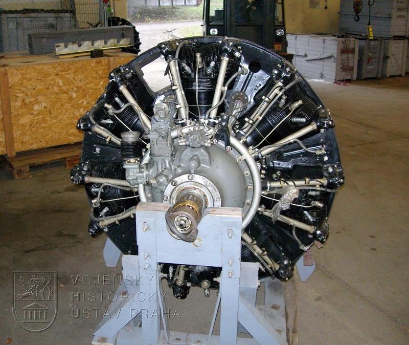 Letecký motor Švecov AŠ-21