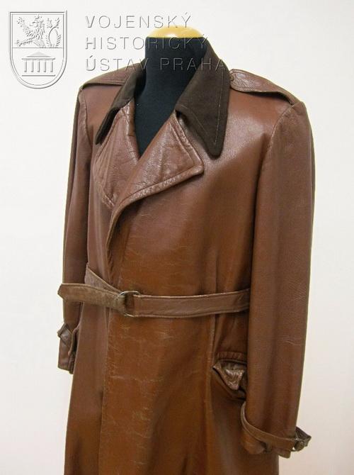 Upravený kožený kabát, ČSR, 40. léta