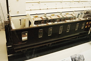 Model britského nemocničního železničního vagonu, který sloužil k převozu zraněných do vojenských nemocnic poblíž pobřeží průlivu La Manche. FOTO: Jaroslav Beránek