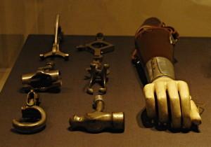 Protetické pomůcky. Během první světové války ztratilo nejméně jednu končetinu více než 41 tisíc příslušníků britských a imperiálních ozbrojených sil. Rehabilitačním centrem pro vojáky s amputovanými končetinami se od roku 1915 stala Queen´s Mary Hospital v Roehamptonu v jihozápadní části Londýna.FOTO: Jaroslav Beránek