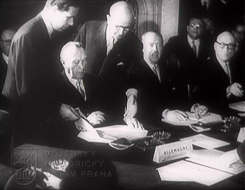 """Film """"Co je Varšavská smlouva"""""""