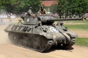 Defilé dělostřelecké techniky - stíhač tanků Jackson