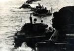 Plovoucí tanky PT-76 sovětské námořní pěchoty