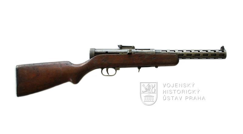 Sovětský samopal PPD 34
