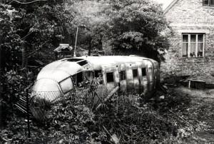 Trup fotoprůzkumného letounu Aero C-3AF jakožto zahradní domek v Peršíkově, okres Havlíčkův Brod