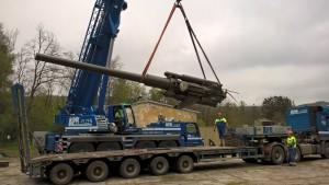 Instalování kanónu Škoda ráže 21 cm m/42
