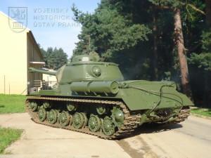 Sovětský těžký tank IS-122
