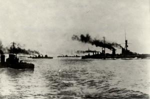 Německé válečné lodě, počátek první světové války - v čele pluje pancéřový křižník Blücher