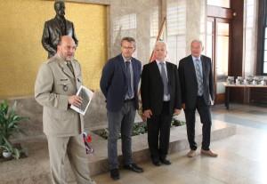 Zleva: ředitel VHÚ Aleš Knížek, autoři knihy Prokop Tomek a Ivo Pejčoch a náměstek hejtmana libereckého kraje Přemysl Sobotka
