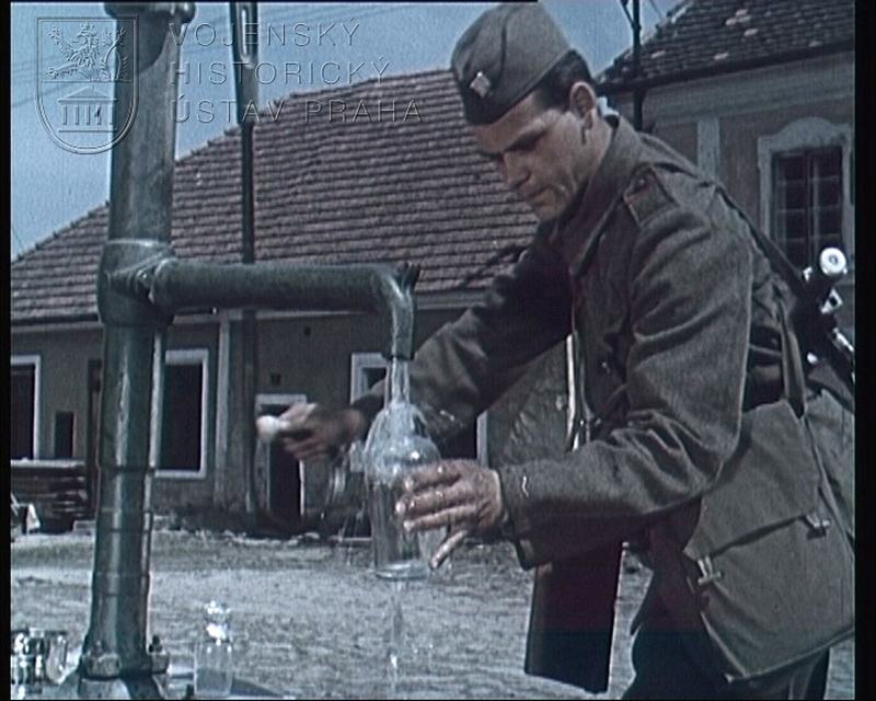 """Film """"Hygienické zásady zásobování vojsk pitnou vodou"""""""