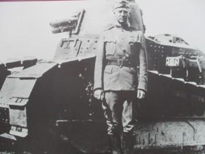Pozdější osvoboditel západních Čech generál George S. Patton v letech 1. světové války.