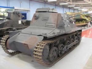 Velitelský lehký tank Befehlspanzer IB používal wehrmacht až do poloviny války