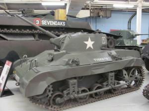 Americký vzdušně výsadkový tank M22 Locust je spojen s operacemi v závěru války