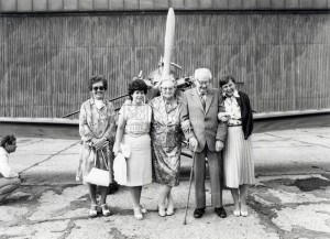 Ing. Jaroslav Šlechta ve Kbelích, květen 1987 - zcela vpravo paní Janečková