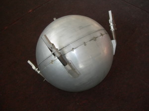 Model první umělé družice Země Sputnik 1