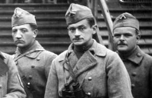 """Vojáci 8. pluku v """"pizdulkách"""". FOTO: VHA"""
