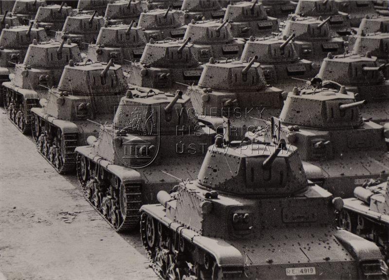 Italské tanky M 14/41