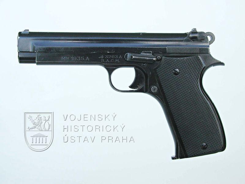 Francouzská armádní pistole S. A. C. M. 1935 A