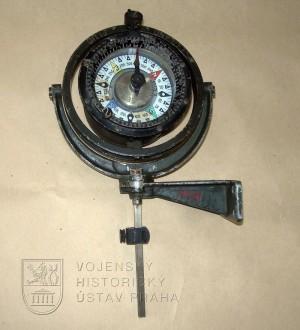 Vodorovný kompas Petravic