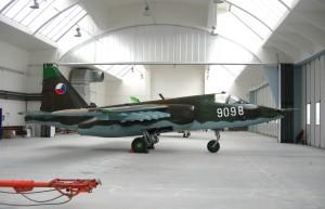 Renovovaný Su-25 ze sbírek VHÚ